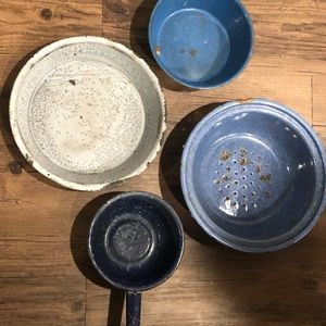 4pc  Antique enamel ware pans